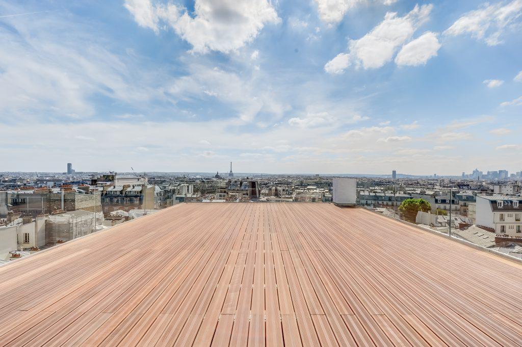 Le rooftop Perrier-Jouët